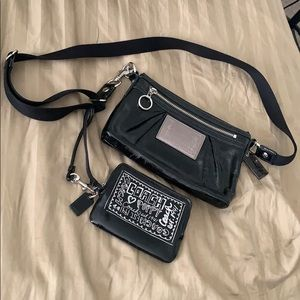 Coach Poppy black patent swing pack and wr…